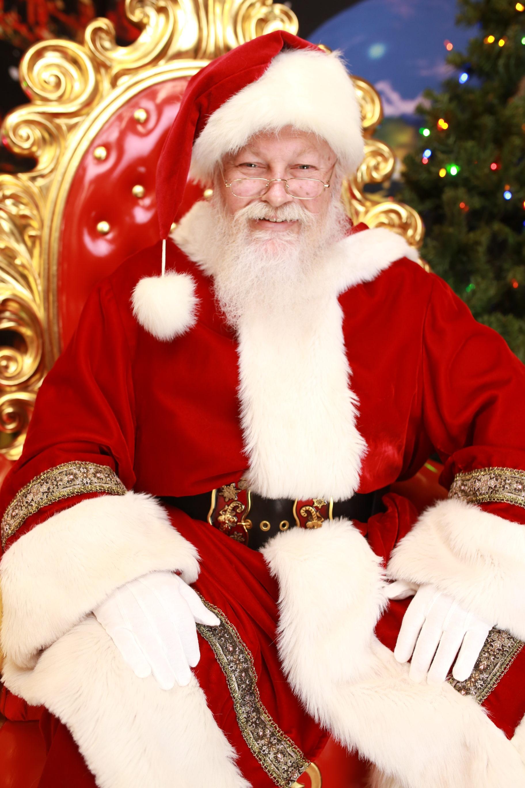 Santa Mark H.